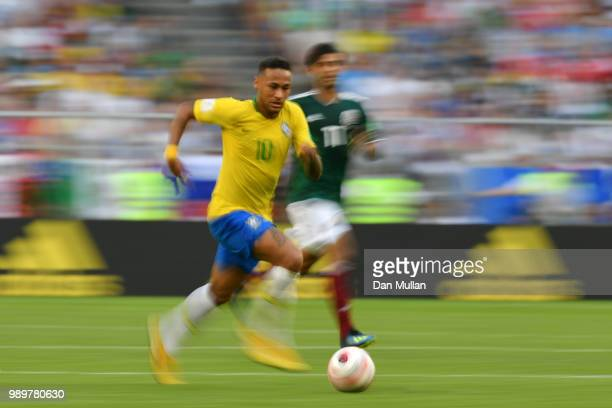 Neymar Jr of Brazil runs with the ball during the 2018 FIFA World Cup Russia Round of 16 match between Brazil and Mexico at Samara Arena on July 2...