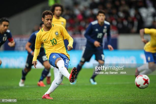 Neymar Jr of Brazil scores a goal to make it 01 during the international friendly match between Brazil and Japan at Stade PierreMauroy on November 10...