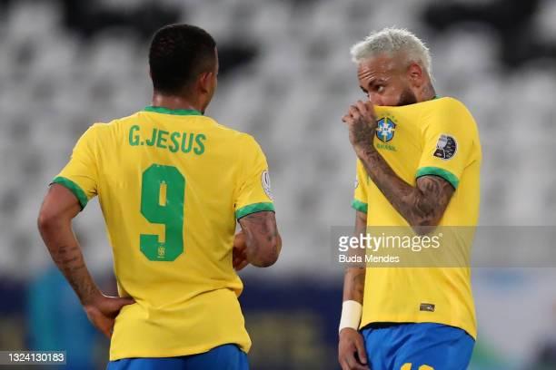 Neymar Jr. Of Brazil talks to teammate Gabriel Jesus during a match between Brazil and Peru as part of Group B of Copa America Brazil 2021 at Estadio...