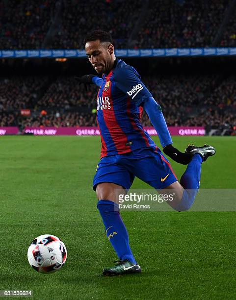 Neymar Jr of FC Barcelona runs with the ball during the Copa del Rey round of 16 second leg match between FC Barcelona and Athletic Club at Camp Nou...