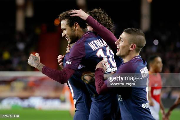 Neymar Jr of Paris Saint Germain celebrates 20 with Adrien Rabiot of Paris Saint Germain Marco Verratti of Paris Saint Germain during the French...