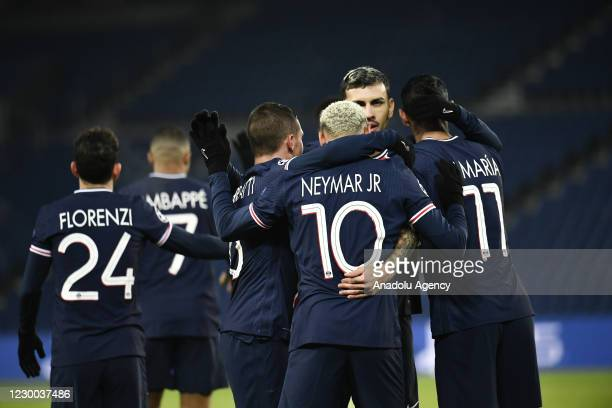 Neymar Jr. Of Paris Saint Germain celebrates with his teammates after scoring a goal during the UEFA Champions League Group H match between Paris...