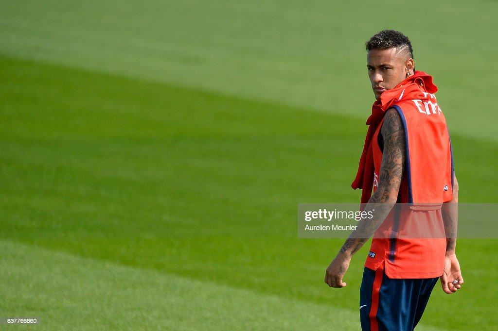 Neymar Jr of Paris Saint-Germain arrives for a Paris Saint-Germain training session at Centre Ooredoo on August 23, 2017 in Saint-Germain en Laye, Paris, France.