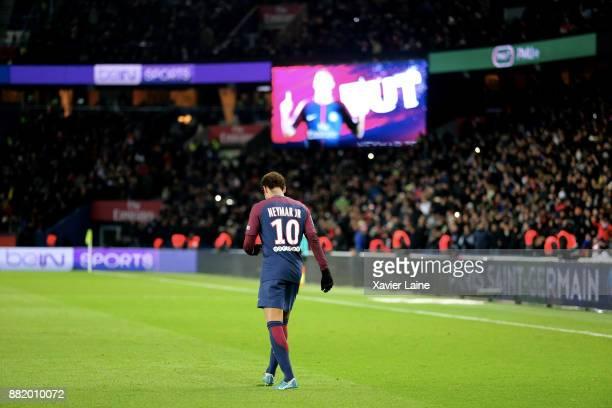 Neymar Jr of Paris SaintGermain celebrate his goal during the Ligue 1 match between Paris SaintGermain and Troyes Estac at Parc des Princes on...