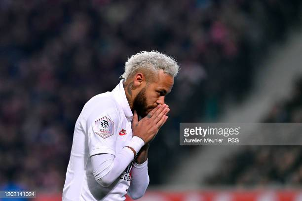 Neymar Jr of Paris Saint-Germain celebrates his goal as a tribute for late Kobe Bryant during the Ligue 1 match between Lille OSC and Paris...