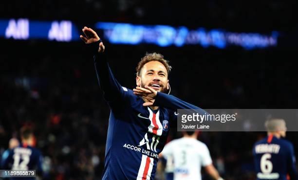 Neymar jr of Paris SaintGermain celebrates his goal during the Ligue 1 match between Paris SaintGermain and Amiens SC at Parc des Princes on December...