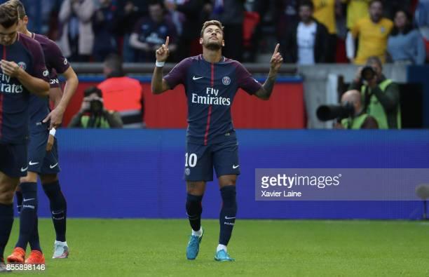 Neymar Jr of Paris SaintGermain celebrates his goal during the Ligue 1 match between Paris SaintGermain and FC Girondins de Bordeaux at Parc des...
