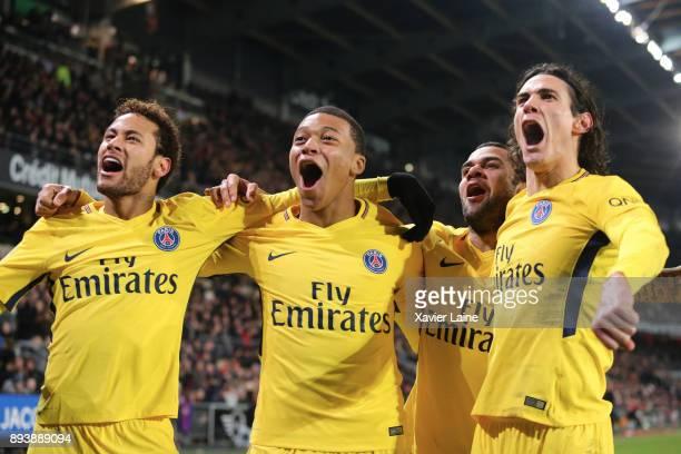Neymar Jr of Paris SaintGermain celebrates his second goal with Kylian Mbappe Dani Alves and Edinson Cavani during the Ligue 1 match between Stade...