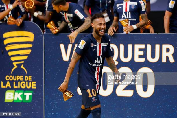 Neymar Jr of Paris Saint-Germain celebrates the victory of the French League Cup final between Paris Saint Germain and Olympique Lyonnais at Stade de...