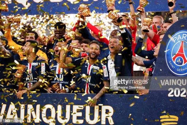 Neymar Jr of Paris Saint-Germain celebrates with Kylian Mbappe of Paris Saint-Germain the victory of the French League Cup final between Paris Saint...
