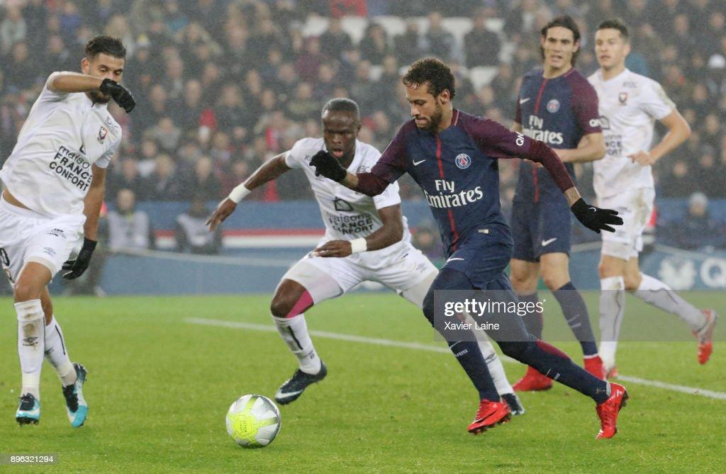 Paris Saint Germain v SM Caen - Ligue 1 : ニュース写真