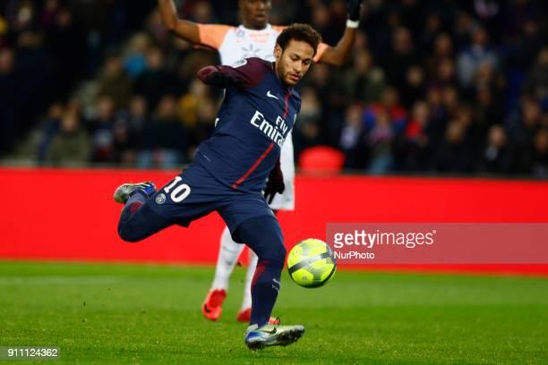 Neymar Jr of Paris SaintGermain kicks the ball during the Ligue 1 match between Paris Saint Germain and Montpellier Herault SC at Parc des Princes on...