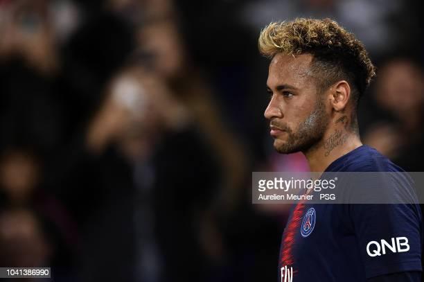 Neymar Jr of Paris Saint-Germain looks on during the Ligue 1 match between Paris Saint-Germain and Stade de Reims at Parc des Princes on September...