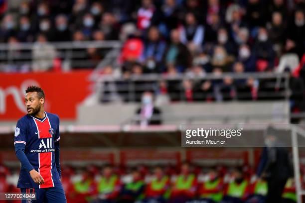 Neymar Jr of Paris Saint-Germain looks on during the Ligue 1 match between Stade Reims and Paris Saint-Germain at Stade Auguste Delaune on September...