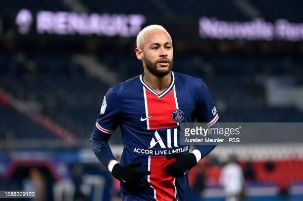 Neymar Jr of Paris Saint-Germain looks on during the Ligue 1 match between Paris Saint-Germain and Girondins Bordeaux at Parc des Princes on November...