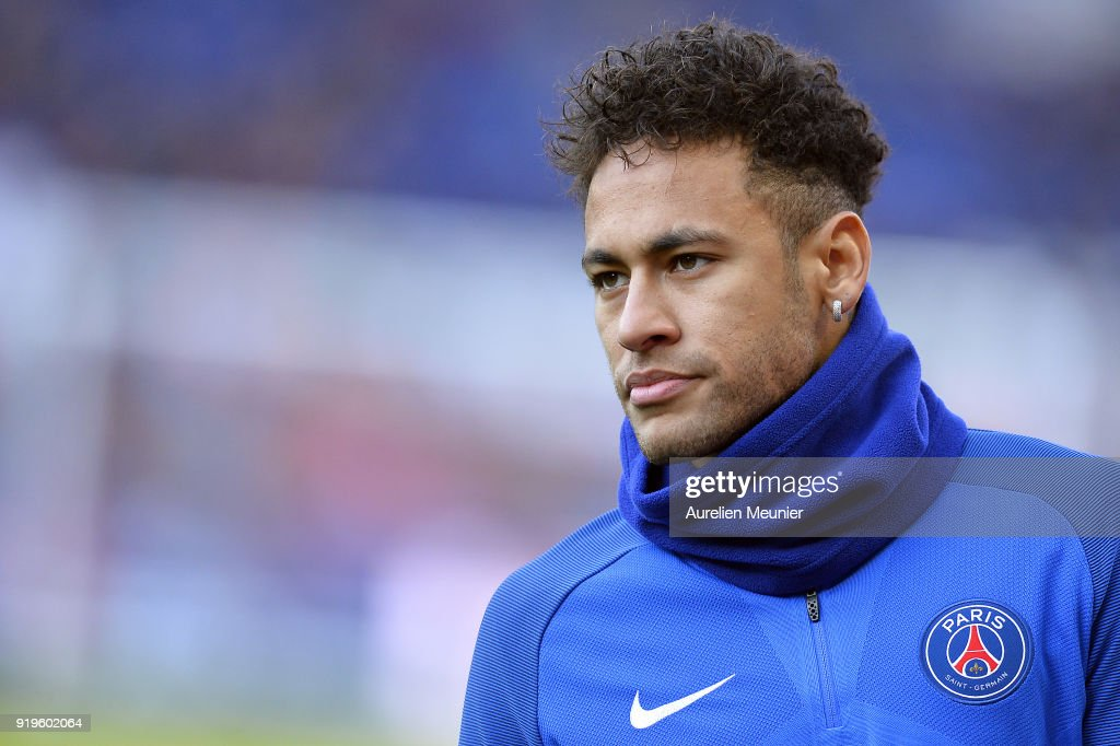 Neymar Jr of Paris Saint-Germain looks on during warmup before the Ligue 1 match between Paris saint-Germain and Strasbourg at Parc des Princes on February 17, 2018 in Paris, France.