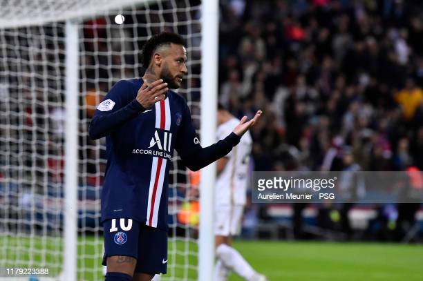 Neymar Jr of Paris SaintGermain reacts after scoring during the Ligue 1 match between Paris SaintGermain and Angers SCO at Parc des Princes on...