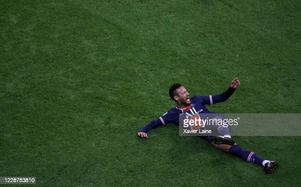 Neymar Jr of Paris Saint-Germain reacts during the Ligue 1 match between Stade Reims and Paris Saint-Germain at Stade Auguste Delaune on September...