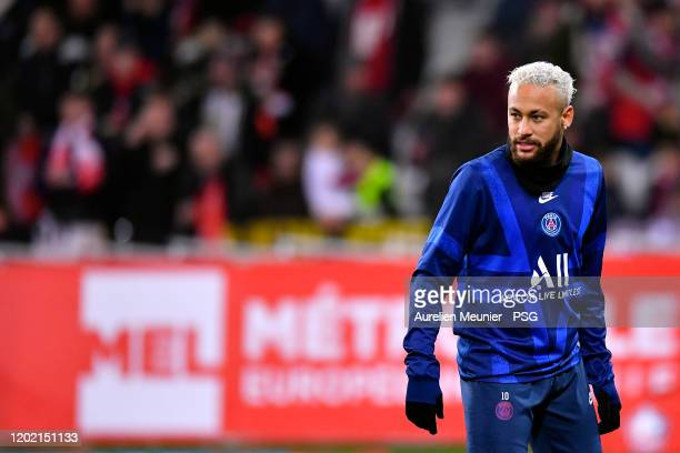 Neymar Jr of Paris Saint-Germain reacts during warmup before the Ligue 1 match between Lille OSC and Paris Saint-Germain at Stade Pierre Mauroy on...