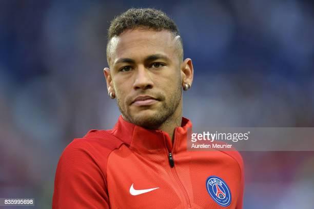 Neymar Jr of Paris SaintGermain reacts during warmup before the Ligue 1 match between Paris SaintGermain and Toulouse at Parc des Princes on August...