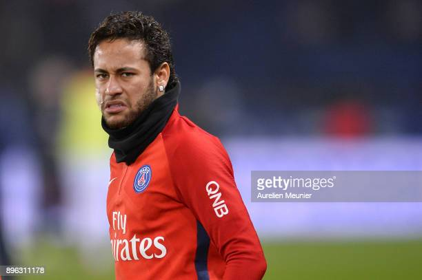 Neymar Jr of Paris SaintGermain reacts during warmup before the Ligue 1 match between Paris Saint Germain and SM Caen at Parc des Princes on December...