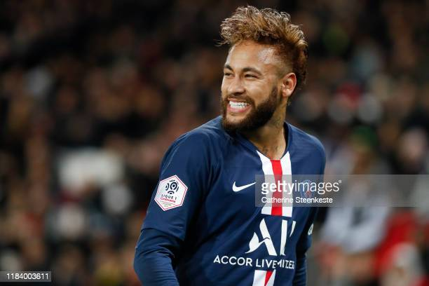 Neymar Jr of Paris SaintGermain reacts to a play during the Ligue 1 match between Paris SaintGermain and Lille OSC at Parc des Princes on November 22...