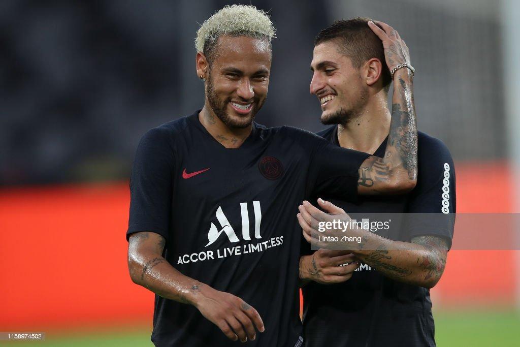Paris Saint-Germain v Stade Rennais FC - Pre-game Training : News Photo