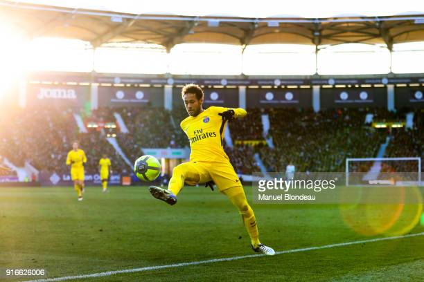 Neymar Jr of Paris SG during the Ligue 1 match between Toulouse and Paris Saint Germain at Stadium Municipal on February 10 2018 in Toulouse