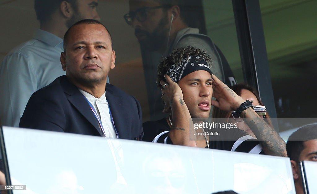 Paris Saint Germain v Amiens SC - Ligue 1 : ニュース写真