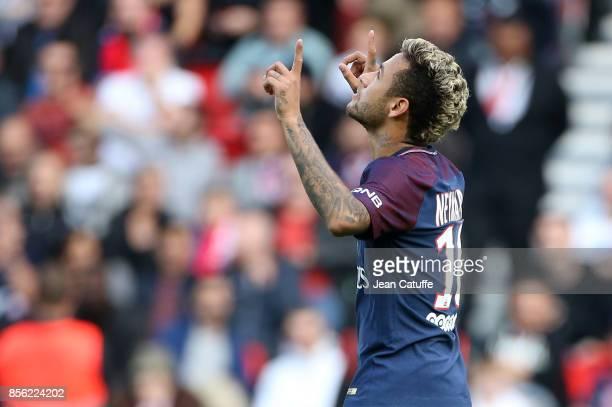 Neymar Jr of PSG celebrates his goal during the French Ligue 1 match between Paris SaintGermain and FC Girondins de Bordeaux at Parc des Princes on...