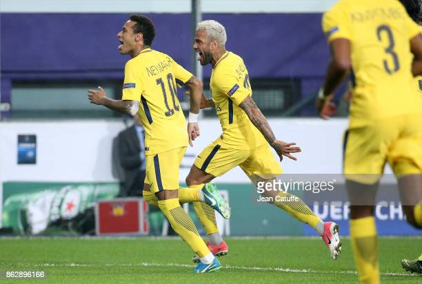 Neymar Jr of PSG celebrates his goal with Dani Alves aka Daniel Alves during the UEFA Champions League match between RSC Anderlecht and Paris Saint...