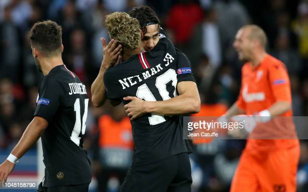 Neymar Jr of PSG celebrates his goal with Edinson Cavani during the Group C match of the UEFA Champions League between Paris SaintGermain and Red...