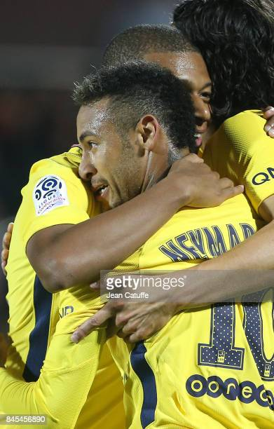 Neymar Jr of PSG celebrates his goal with Kylian Mbappe during the French Ligue 1 match between FC Metz and Paris Saint Germain at Stade...