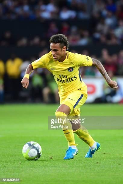 Neymar JR of PSG during the Ligue 1 match between EA Guingamp and Paris Saint Germain at Stade du Roudourou on August 13 2017 in Guingamp