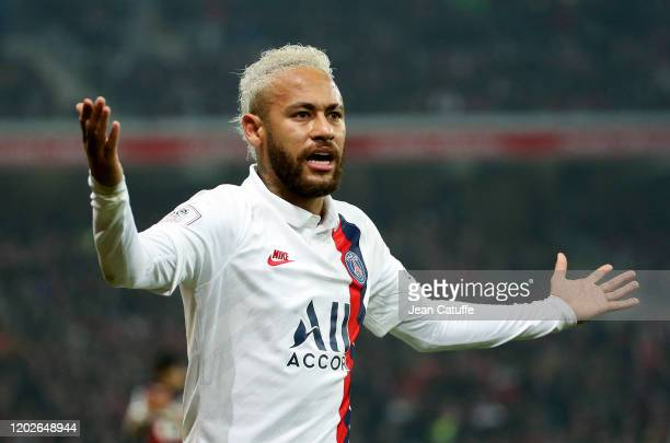Neymar Jr of PSG during the Ligue 1 match between Lille OSC and Paris SaintGermain at Stade Pierre Mauroy on January 26 2020 in Lille France