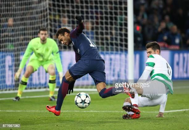 Neymar Jr of PSG facing goalkeeper of Celtic Glasgow Craig Gordon during the UEFA Champions League group B match between Paris SaintGermain and...