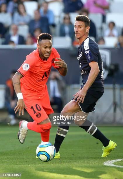 Neymar Jr of PSG, Laurent Koscielny of Bordeaux during the Ligue 1 match between FC Girondins de Bordeaux and Paris Saint-Germain at Stade Matmut...