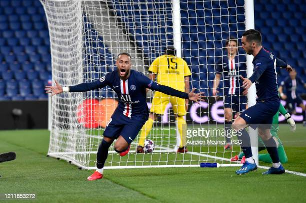 Neymar Jr reacts after soring during the UEFA Champions League round of 16 second leg match between Paris Saint-Germain and Borussia Dortmund at Parc...
