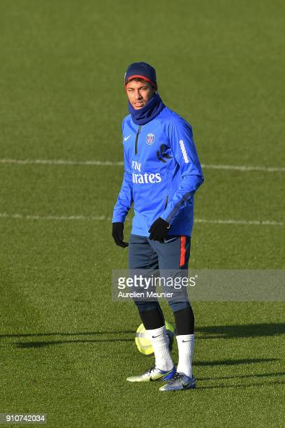 Neymar Jr warms up during a training session of Paris Saint Germain PSG at Camp des Loges on January 26 2018 in Paris France