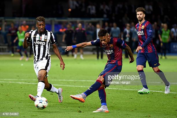 Neymar of Barcelona scores his team's third goal during the UEFA Champions League Final between Juventus and FC Barcelona at Olympiastadion on June 6...