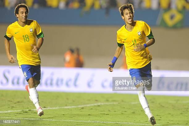 Neymar of Brazil celebrates a goal during the first leg of the Superclasico de las Américas between Brazil and Argentina at Estádio Serra Dourada on...