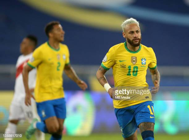 Neymar of Brazil celebrates after scores his gol during the match between Brazil and Peru as part of the Conmebol Copa America Brazil 2021 at Estadio...