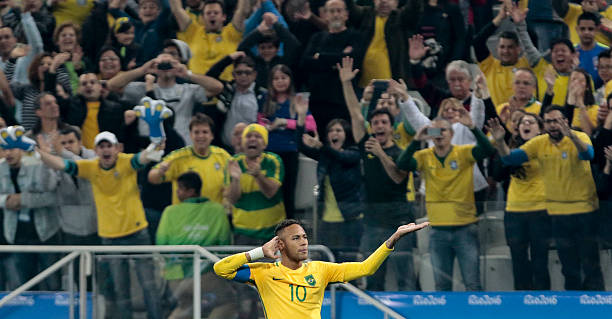 TOPSHOT - Neymar of Brazil celebrates after scoring against Colombia during  their Rio 2016 Olympic Games 319db2e746e34