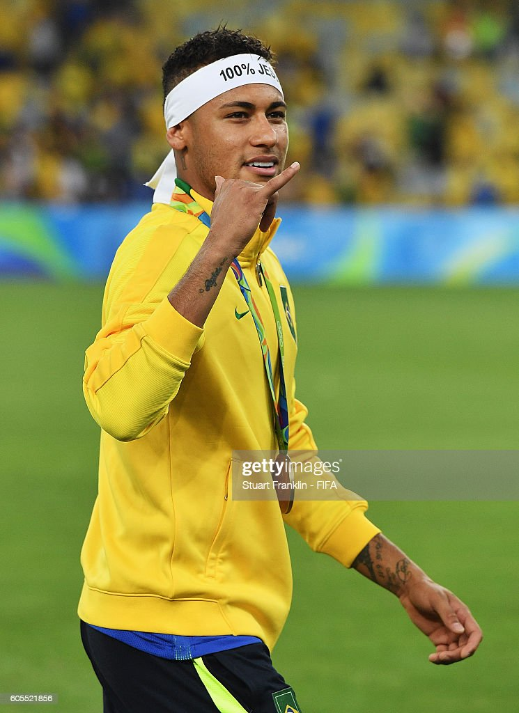 Neymar of Brazil celebrates at the Olympic Men's Final Football match between Brazil and Germany at Maracana Stadium on August 20, 2016 in Rio de Janeiro, Brazil.