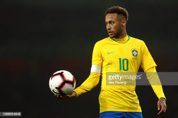 Neymar of Brazil holds the ball during the International Friendly match between Brazil and Uruguay at Emirates Stadium on November 16 2018 in London...
