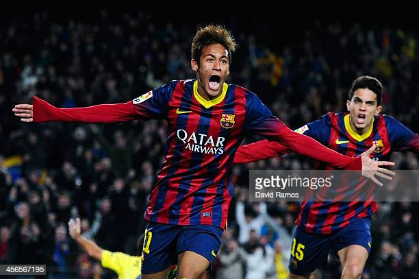 Neymar of FC Barcelona celebrates after scoring his team's second goal during the La Liga match between FC Barcelona and Villarreal CF at Camp Nou on...