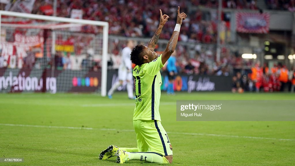 Neymar of FC Barcelona celebrates after scoring the second goal during the UEFA Champions League semifinal 2nd round match between FC Bayern Muenchen and FC Barcelona at Allianz Arena on May 12, 2015 in Munich, Germany.