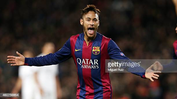 Neymar of FC Barcelona celebrates scoring the second goal during the UEFA Champions League match between FC Barcelona and Paris SaintGermain at Camp...
