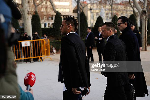 Neymar of FC Barcelona leaves the National Court on February 2 2016 in Madrid Spain Neymar was giving evidence over allegations of corruption and...