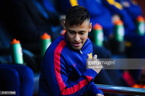 Neymar of FC Barcelona walks onto the pitch prior to the La Liga match between FC Barcelona and Getafe CF at Camp Nou on March 12 2016 in Barcelona...